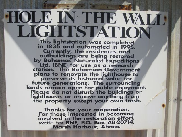 Hole-in-the-Wall Lighthouse Abaco (Notice) hitw9