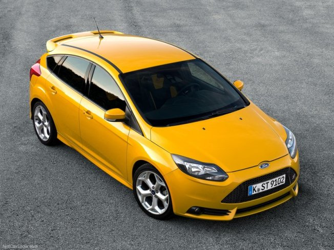 Ford-Focus_ST_2013_800x600_wallpaper_01..netcarshow.comjpg