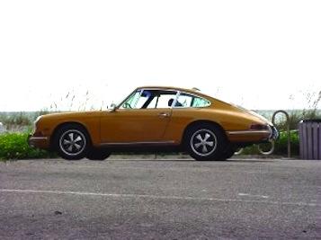 Porsche 912 1968 Motoring Journal