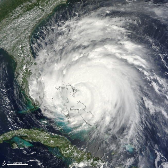 Hurricane Irene 2011 - the eye right on course for central Abaco