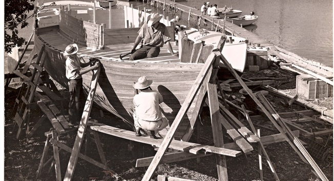 boat-under-construction-wa-albury-yard-19602