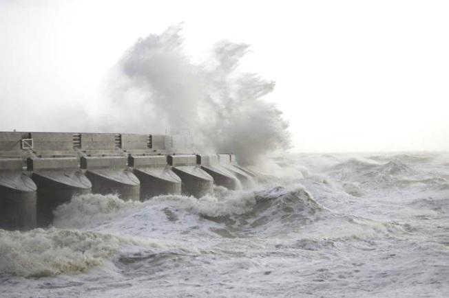 storm-weather-mari_2715597k