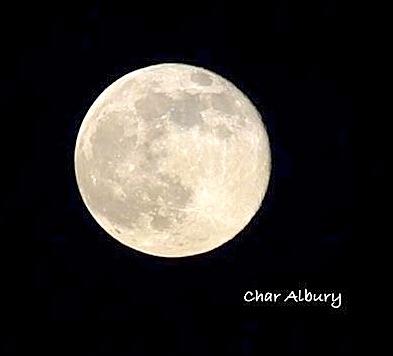 Supermoon, Abaco (Char Albury)