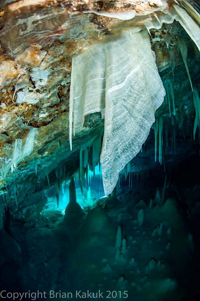 Ralph's Cave, Abaco (Brian Kakuk) 15.5 : 5