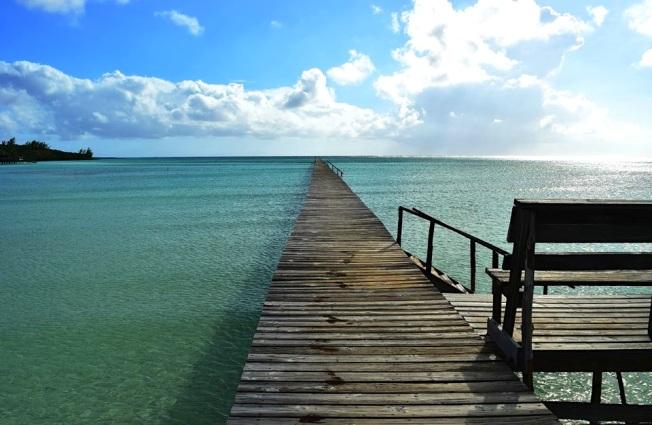 Cherokee Long Dock, Abaco, Bahamas (Larry Towning 1)