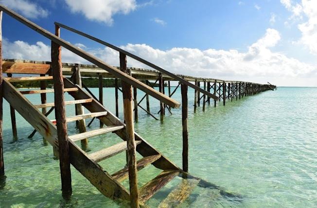Cherokee Long Dock, Abaco, Bahamas (Larry Towning 2)