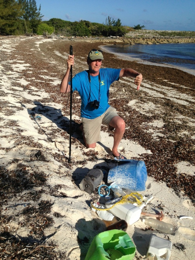 RH & trash, Guinea Schooner Bay