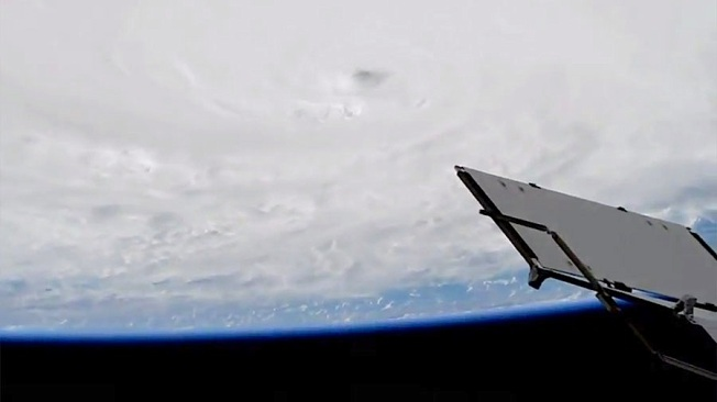 hurricane-matthew- aerial view (ISS/ NASA)
