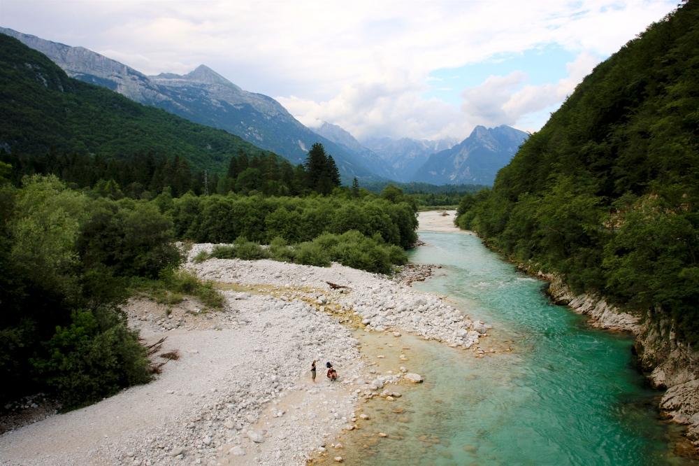soca_river_-_slovenia_travellingotter-wiki